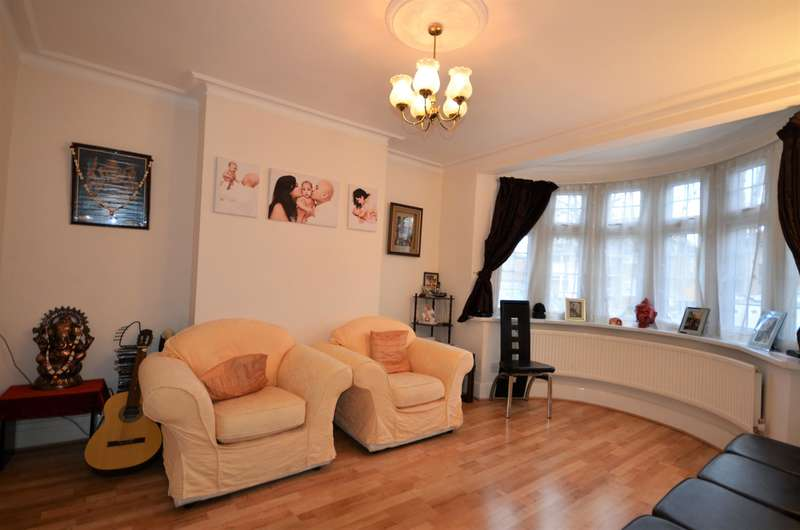 4 Bedrooms Semi Detached House for sale in Carlton Avenue East, Wembley, Middlesex, HA9 8LZ