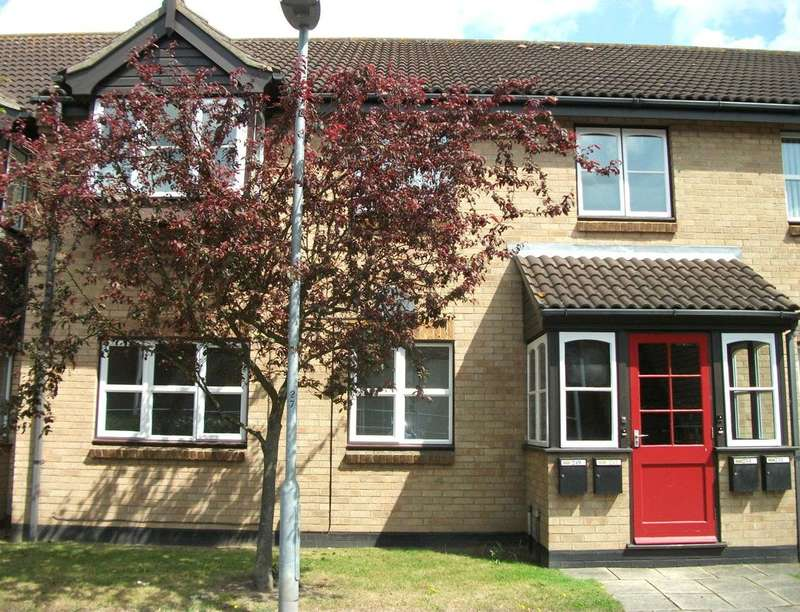2 Bedrooms Flat for rent in The Paddocks, Norwich, NR6