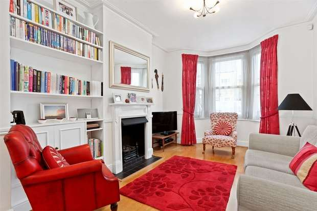 3 Bedrooms Terraced House for sale in Haven Lane, Ealing