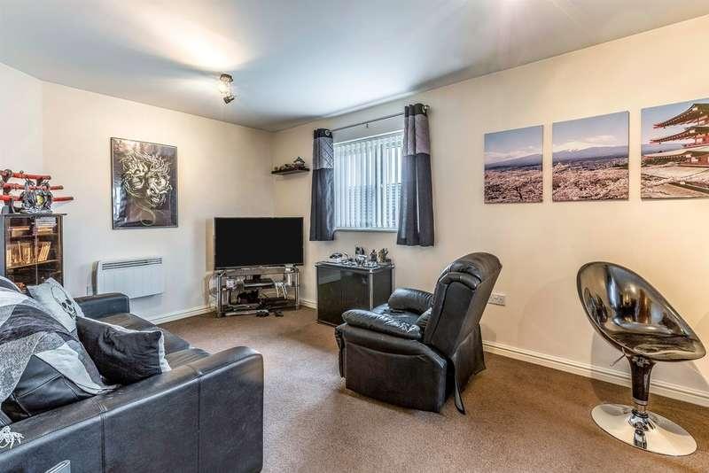 2 Bedrooms Apartment Flat for sale in Six Mills Avenue, Gorseinon, Swansea