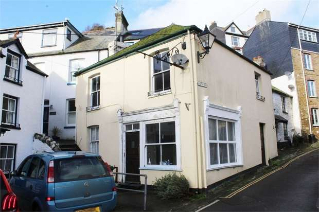 2 Bedrooms Semi Detached House for sale in Princes Square, Looe, Cornwall