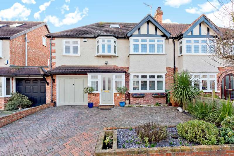 5 Bedrooms Semi Detached House for sale in Ash Road, Sutton