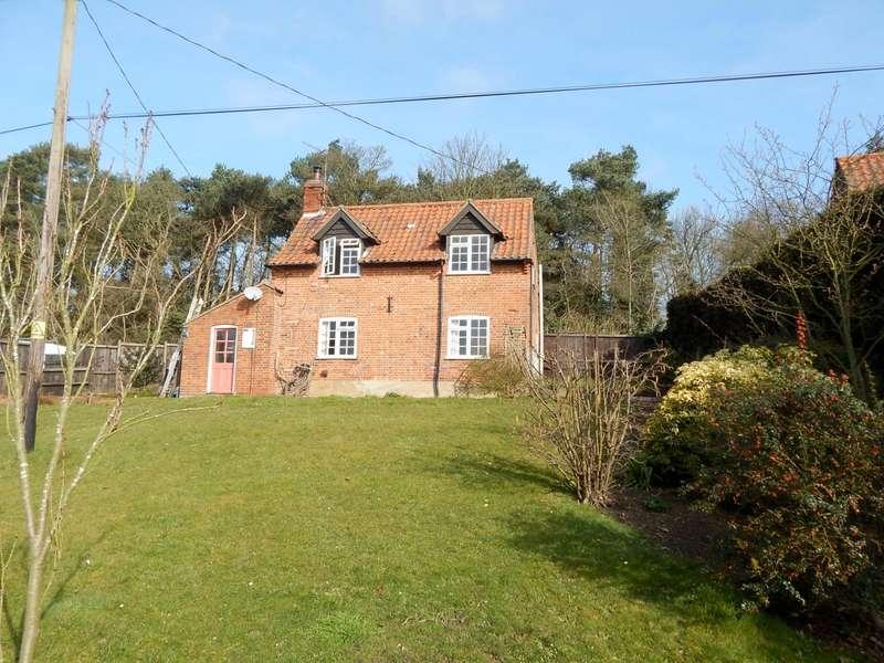 2 Bedrooms Cottage House for rent in Heggatt Street, Horstead