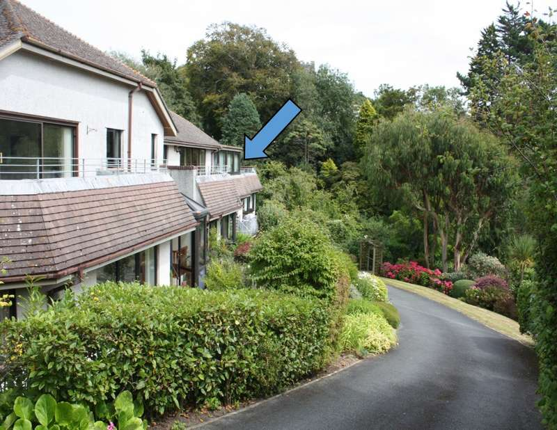 3 Bedrooms Flat for sale in Court Road, NEWTON FERRERS, South Devon