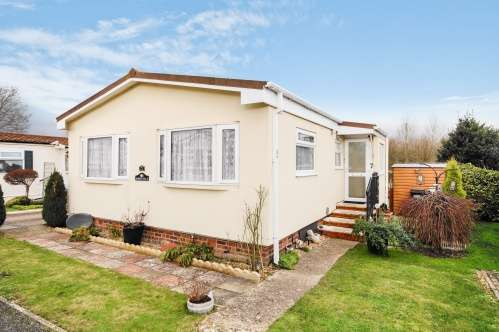 2 Bedrooms Park Home Mobile Home for sale in Selwood Park, Bournemouth