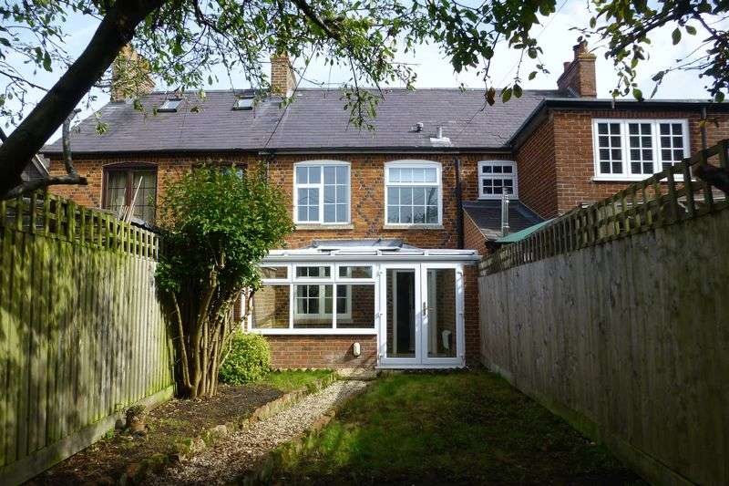 2 Bedrooms Property for sale in Manor Farm Cottages, Wendlebury