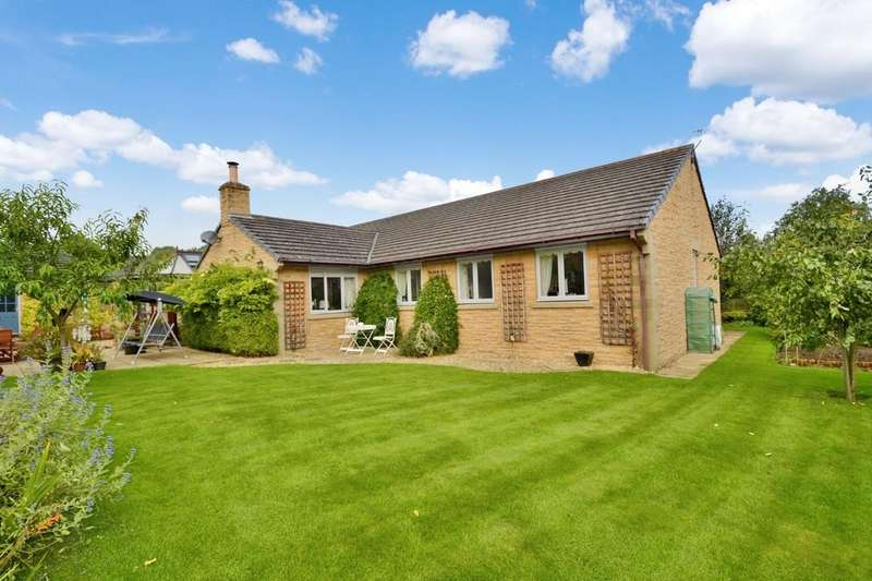 4 Bedrooms Detached Bungalow for sale in Hadrian Court, Humshaugh