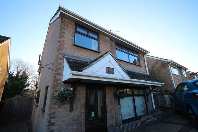 5 Bedrooms House Share for rent in **Immaculate FIVE BED STUDENT HOUSE, St Johns, Worcester**