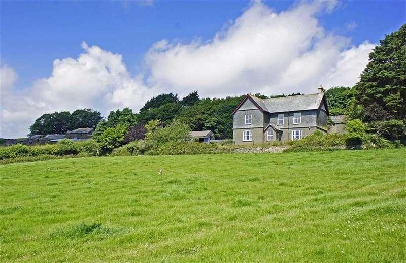 5 Bedrooms Detached House for sale in St Germans, Saltash, Cornwall, PL12