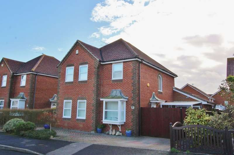 5 Bedrooms Detached House for sale in Rotherfield Avenue, Eastbourne, BN23