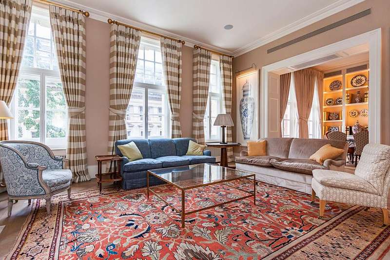 3 Bedrooms Flat for sale in Prince Consort Road, London. SW7