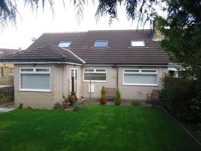 3 Bedrooms Semi Detached House for sale in Whittle Crescent, Bradford, West Yorkshire, BD14