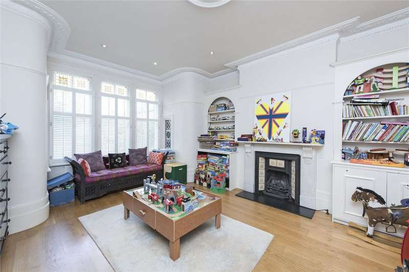 6 Bedrooms Terraced House for sale in Thurleigh Road, Between The Commons, London, SW12