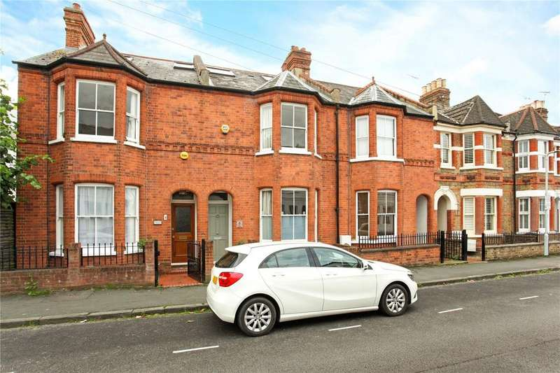 4 Bedrooms Terraced House for sale in Queens Road, Windsor, Berkshire, SL4