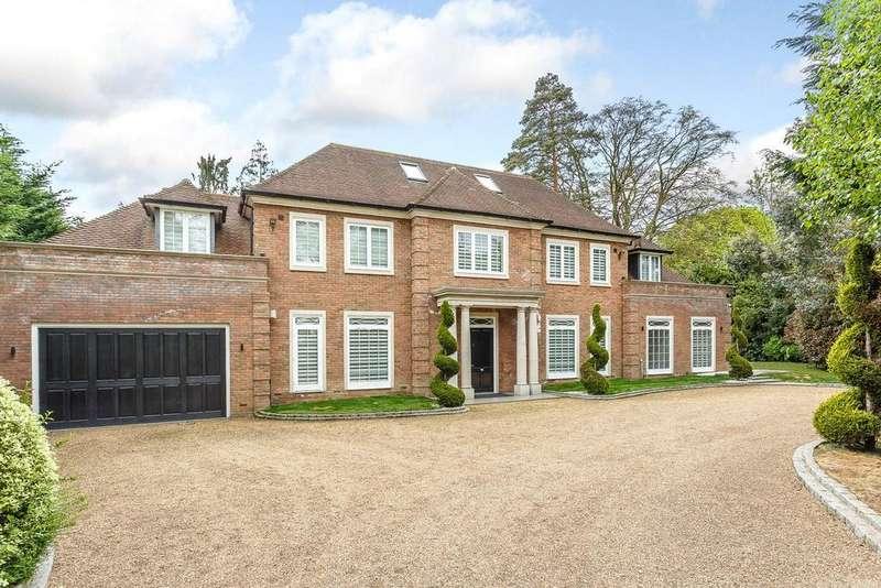 6 Bedrooms Detached House for sale in Percival Close, Oxshott, Surrey, KT22