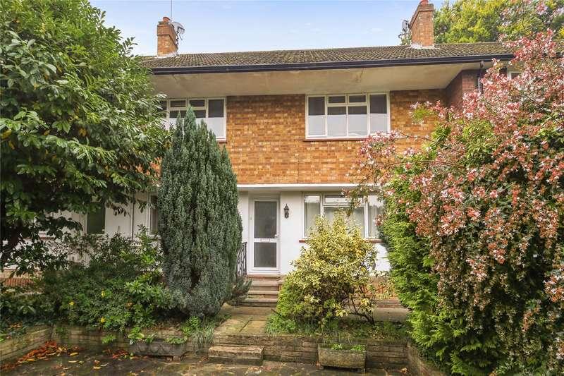 2 Bedrooms Maisonette Flat for sale in Leavesden Road, Weybridge, Surrey, KT13
