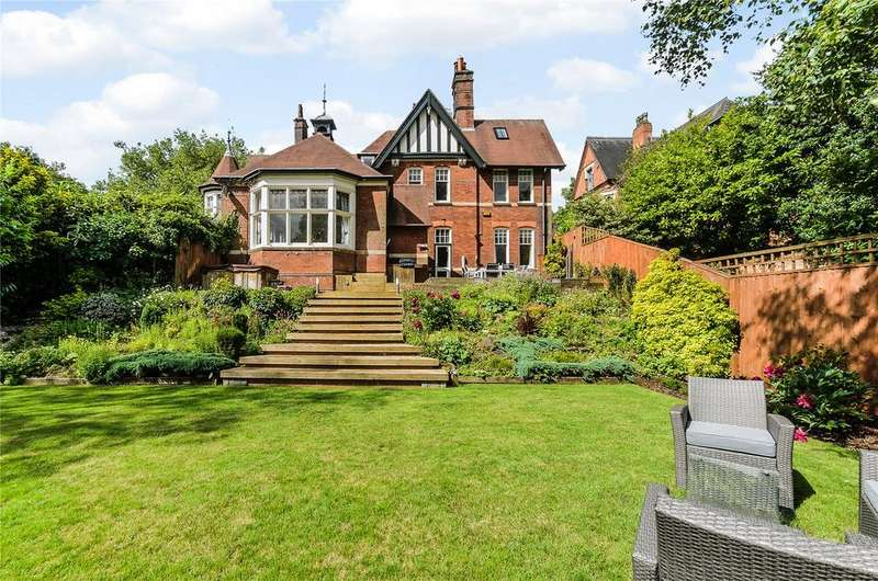 4 Bedrooms Flat for sale in Cavendish Road East, The Park, Nottingham, NG7