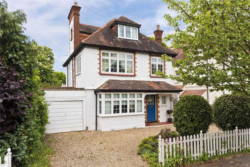 5 Bedrooms Detached House for sale in The Avenue, Claygate, Esher, Surrey, KT10