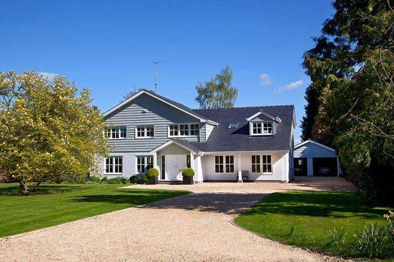 5 Bedrooms Detached House for sale in Court Drive, Shillingford, Wallingford, Oxfordshire, OX10