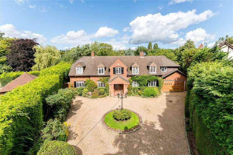 5 Bedrooms Detached House for sale in Loudwater Heights, Loudwater, Rickmansworth, Hertfordshire, WD3