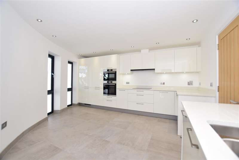 4 Bedrooms End Of Terrace House for sale in Seabrook Road, , Hythe, Kent