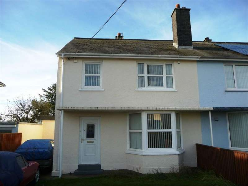 3 Bedrooms Semi Detached House for sale in 15 Heol Penlan, Stop and Call, Goodwick, Pembrokeshire