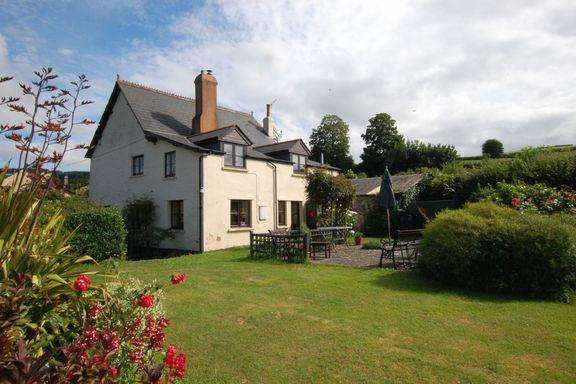 3 Bedrooms Cottage House for sale in Leighland, Roadwater