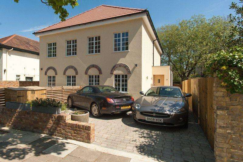 5 Bedrooms Semi Detached House for sale in Twickenham