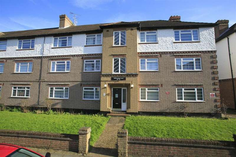 2 Bedrooms Apartment Flat for sale in White Lodge Court, Churchview Road, Twickenham