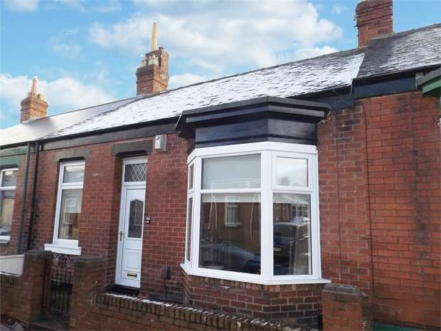 2 Bedrooms Terraced House for sale in Hawarden Crescent, Sunderland, Tyne and Wear