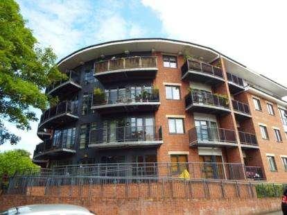 2 Bedrooms Flat for sale in Regent Court, 174 Manchester Road, Manchester, Greater Manchester