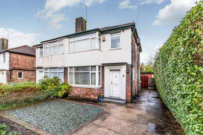 3 Bedrooms Semi Detached House for sale in Carr Bank Avenue, Manchester, Greater Manchester