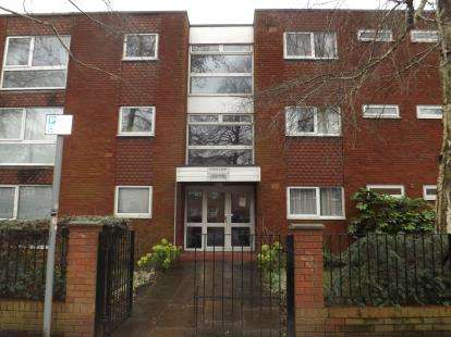 1 Bedroom Flat for sale in Tatton Court, Egerton Road, Manchester, Greater Manchester