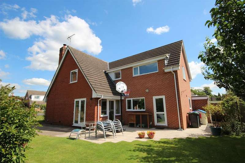 5 Bedrooms Detached House for sale in West Drive, Doveridge, Ashbourne, Derbyshire