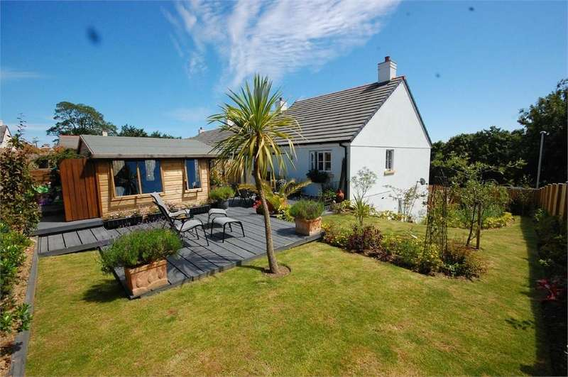 3 Bedrooms Detached House for sale in Du Maurier Drive, FOWEY, Cornwall
