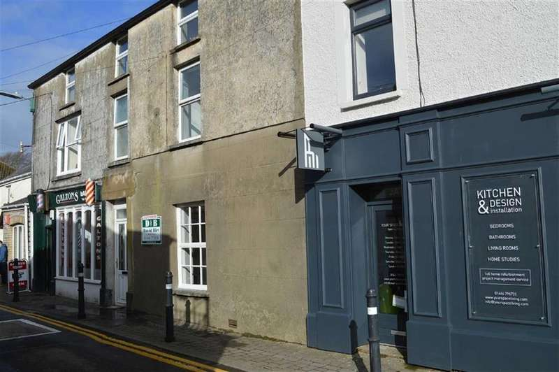 3 Bedrooms Flat for sale in Commercial Street, Llantwit Major, Vale Of Glamorgan