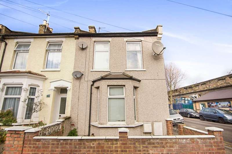 1 Bedroom Flat for sale in B Thorpe Road, London, E7
