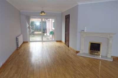 4 Bedrooms Semi Detached House for rent in Terrian Crescent, West Bridgford