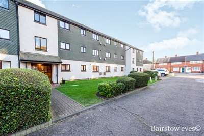 Flat for rent in Teviot Avenue, Aveley
