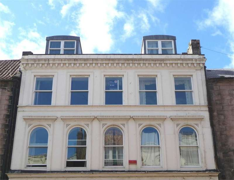 3 Bedrooms Flat for sale in 14b Hide Hill, Berwick upon Tweed