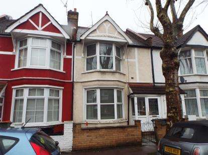 3 Bedrooms House for sale in London