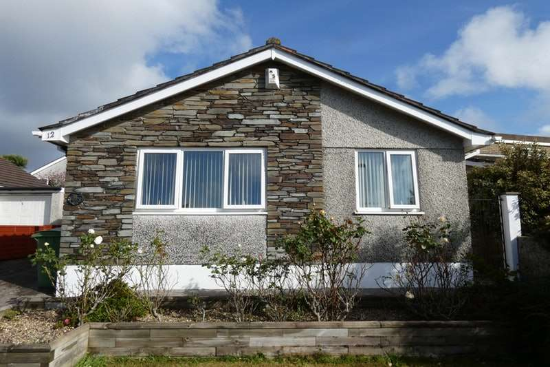 3 Bedrooms Bungalow for sale in Combley Drive, Plymouth, Devon, PL6
