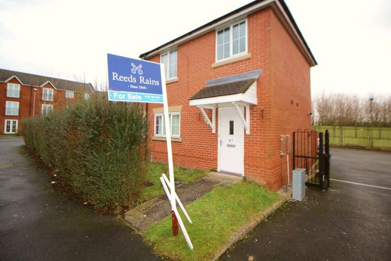 2 Bedrooms Semi Detached House for sale in Rawsthorne Avenue, Gorton, Manchester, M18