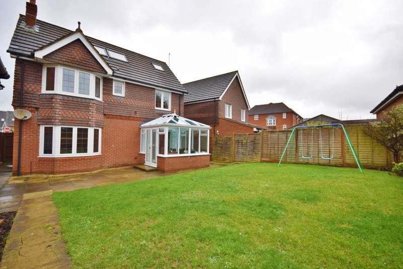 4 Bedrooms Detached House for sale in Beggarwood, Basingstoke, RG22