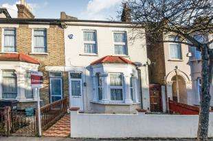 3 Bedrooms Semi Detached House for sale in Limes Road, Croydon