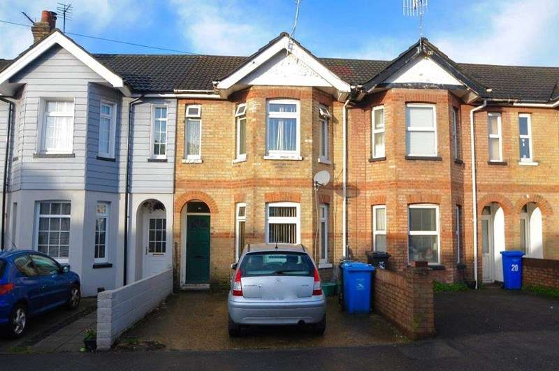3 Bedrooms Terraced House for sale in Weymouth Road, Parkstone, Poole