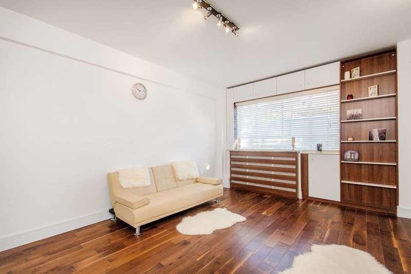 Studio Flat for sale in Broadwalk Court, Kensington, W8