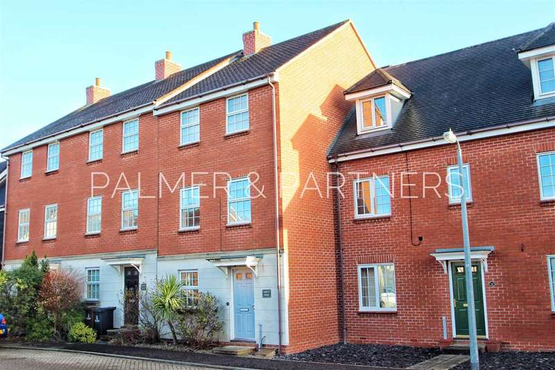 4 Bedrooms Town House for sale in Shepherd Drive, Colchester