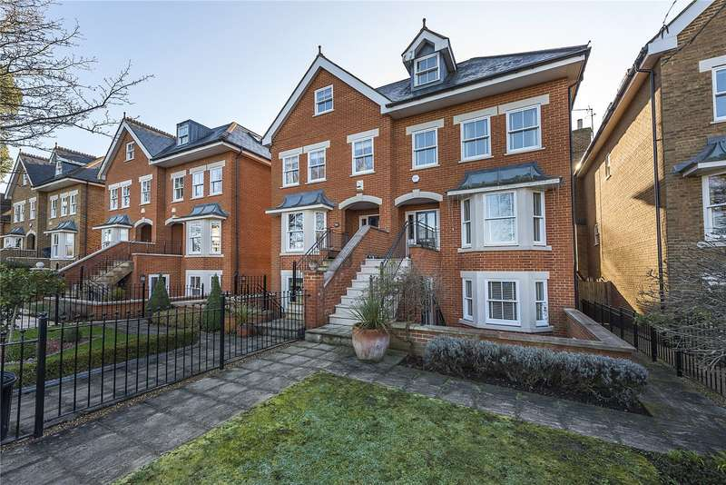 5 Bedrooms Semi Detached House for sale in Cromwell Road, Teddington, TW11