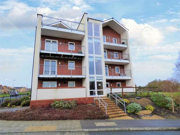 2 Bedrooms Flat for sale in Powis Lane, Oxley Park, Milton Keynes, Buckinghamshire